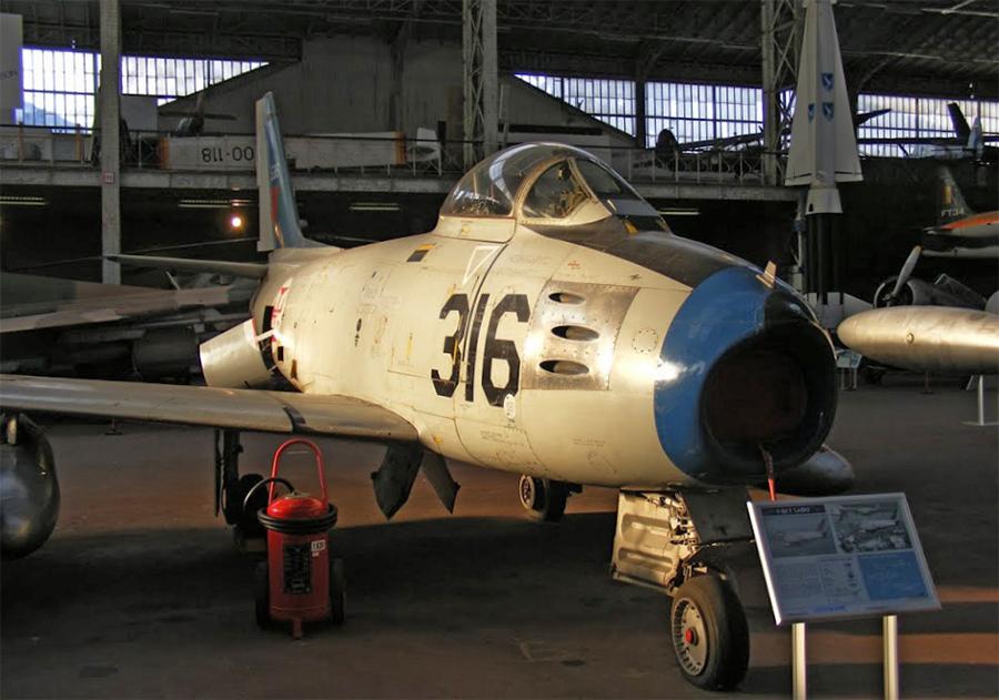 Brussels Air Museum - 18 novembre 2007 2qDye