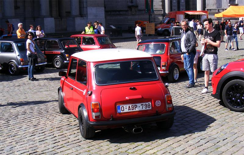 Autoworld - MINI Parade 22 avril 2019 1JP2A