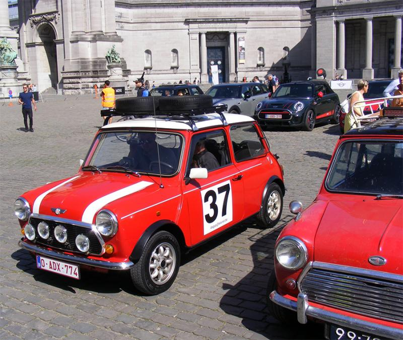 Autoworld - MINI Parade 22 avril 2019 1JPDK