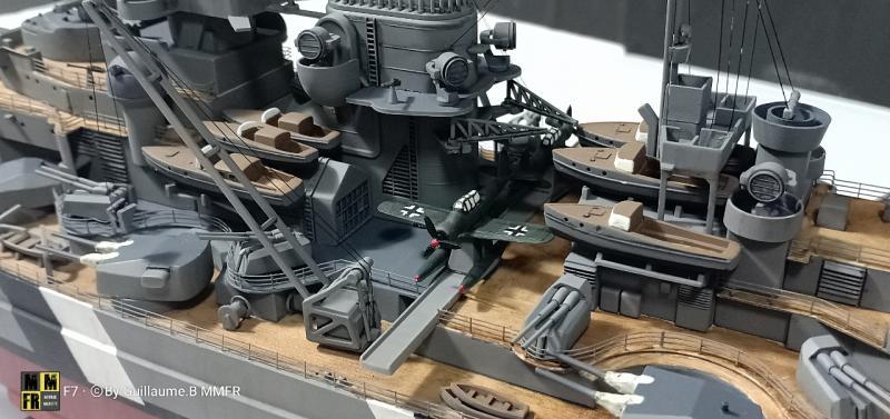 Tamiya Bismarck 1/350 par Guillaune.B ( montagemaquettefr) 1kVEo