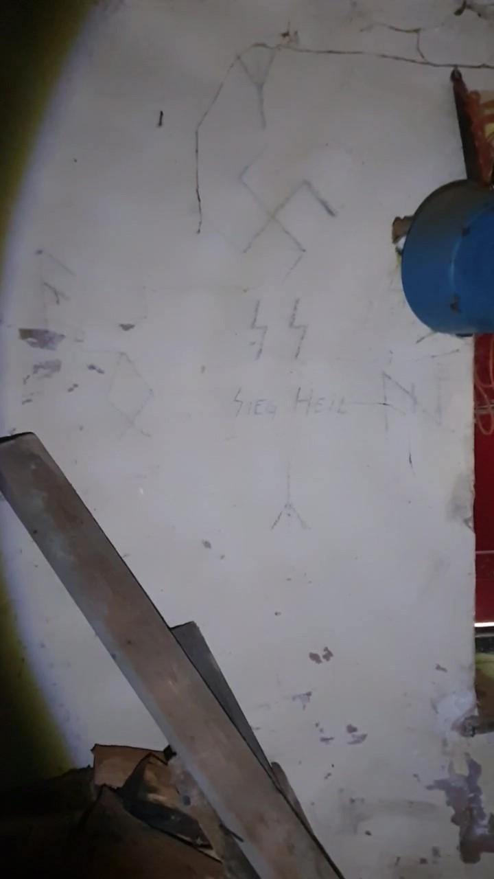Graffiti d'une unité Allemande !!!! 1pQ5A