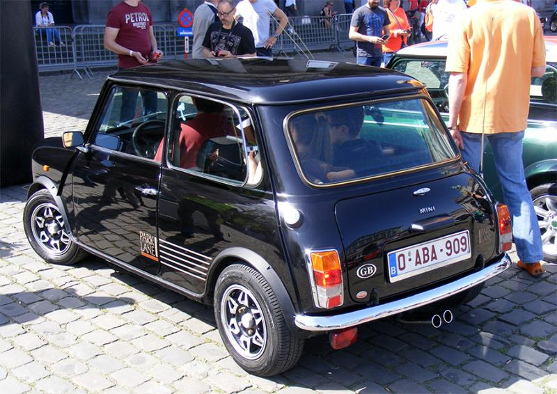 Autoworld - MINI Parade 22 avril 2019 - Page 2 3099q