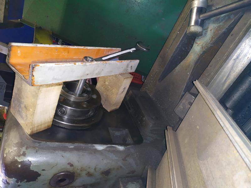 Remplacement des roulements de broche sur tour Graziano SAG 508 3L08q