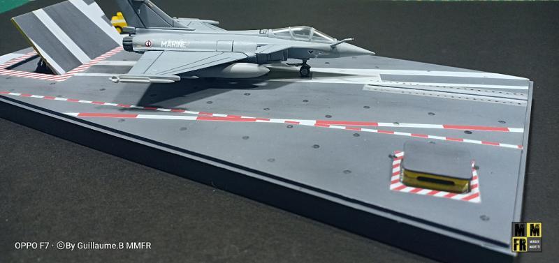 Rafale M 1/144 Heller avec pont d'envol 3aA9r