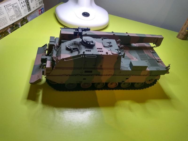 [Convoi] Type 90 MBT et ARV Tamiya + Etokin Model 3y3O8