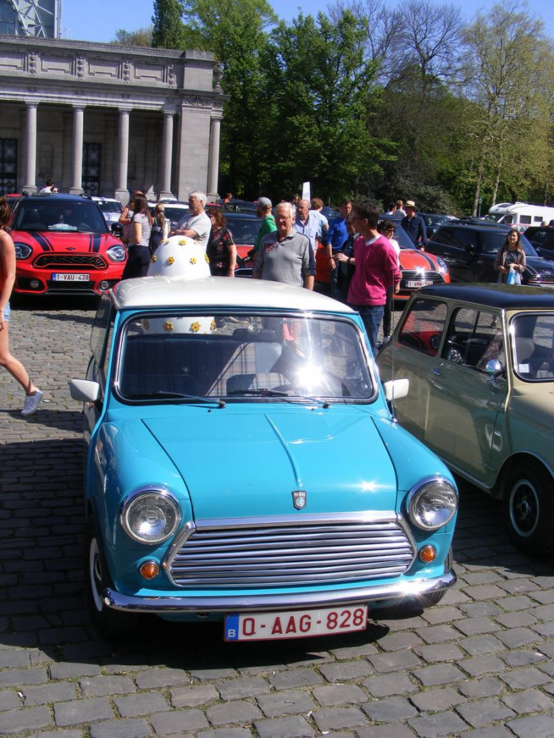 Autoworld - MINI Parade 22 avril 2019 - Page 2 419RZ