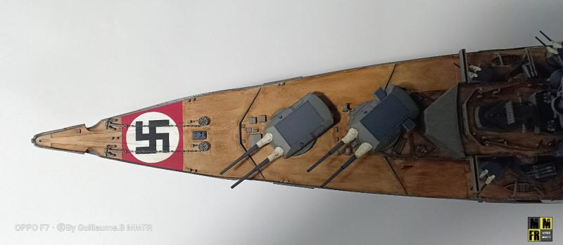 Tamiya Bismarck 1/350 par Guillaune.B ( montagemaquettefr) 5n9E1