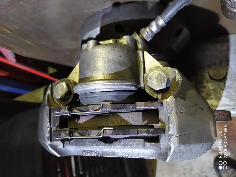 Installation d'un frein sur un tour qui n'en est pas equipé 7ZJvp