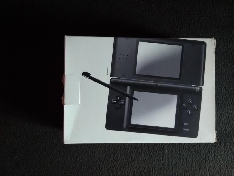 [Vends]  Boite Nds noire complète 20 in 8Dajb
