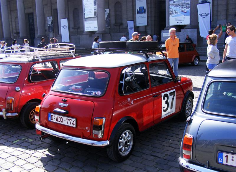 Autoworld - MINI Parade 22 avril 2019 8JvK2