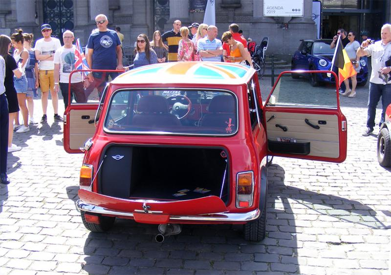 Autoworld - MINI Parade 22 avril 2019 - Page 5 92W3y