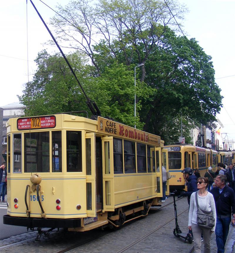 150 ans de tram à Bruxelles - Page 2 AqjN0