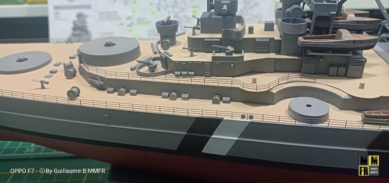 Bismarck 1/350 Tamiya  - Page 9 Eej3p