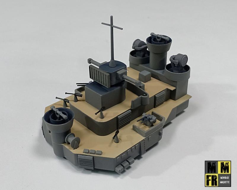 Bismarck 1/350 Tamiya  - Page 7 GLDq3