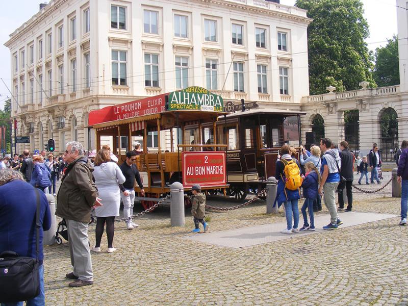 150 ans de tram à Bruxelles - Page 3 GxooK