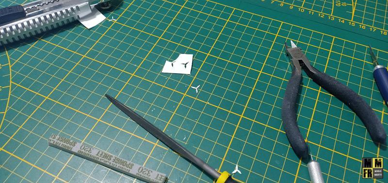 Bismarck 1/350 Tamiya  - Page 8 J10qo
