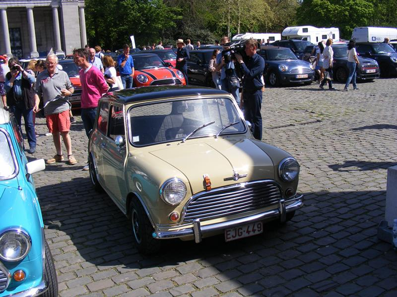 Autoworld - MINI Parade 22 avril 2019 - Page 2 JgDxa