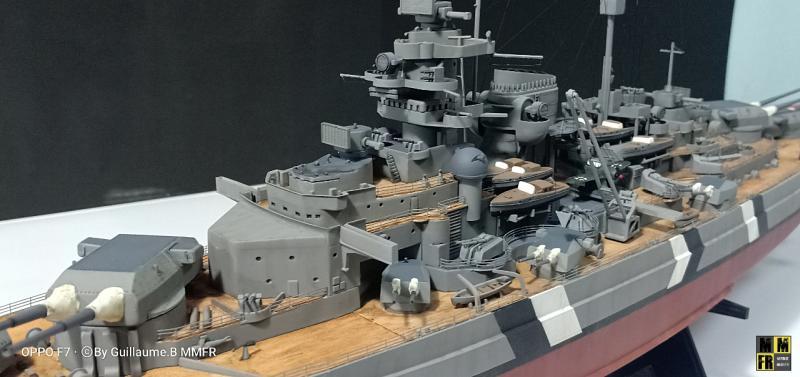 Tamiya Bismarck 1/350 par Guillaune.B ( montagemaquettefr) K37PK