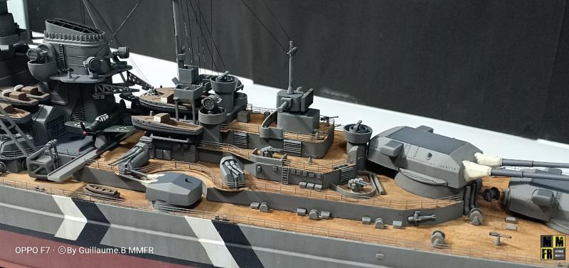 Tamiya Bismarck 1/350 par Guillaune.B ( montagemaquettefr) LnA4O