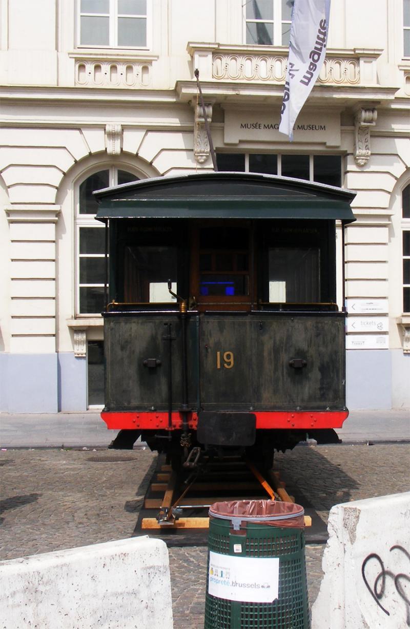 150 ans de tram à Bruxelles - Page 2 Lykk8
