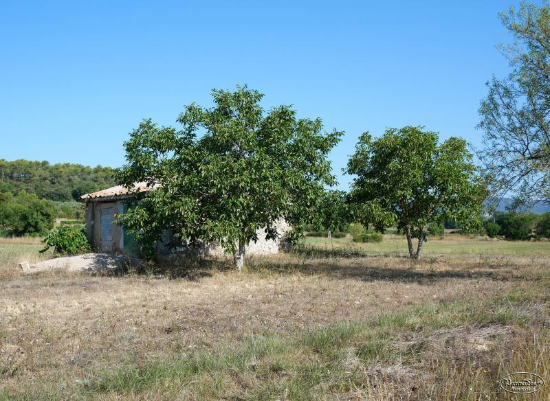 Petits cabanons en Provence NeZWy