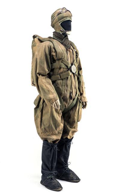 Parachutistes / commando / Jedburghs / BCRA / S.O.E. / O.S.S. / S.A.S NvY7g