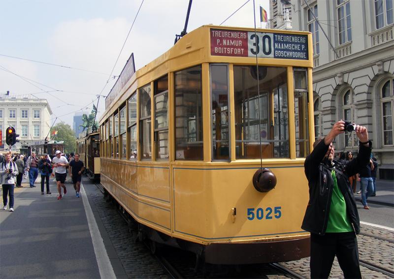 150 ans de tram à Bruxelles - Page 2 OD3mK