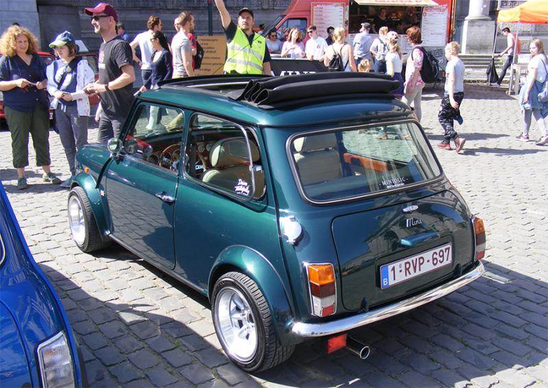 Autoworld - MINI Parade 22 avril 2019 - Page 2 OD4JQ