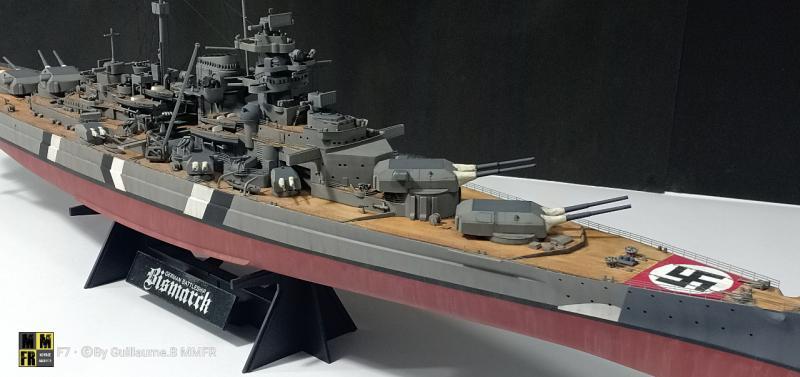 Tamiya Bismarck 1/350 par Guillaune.B ( montagemaquettefr) OereR