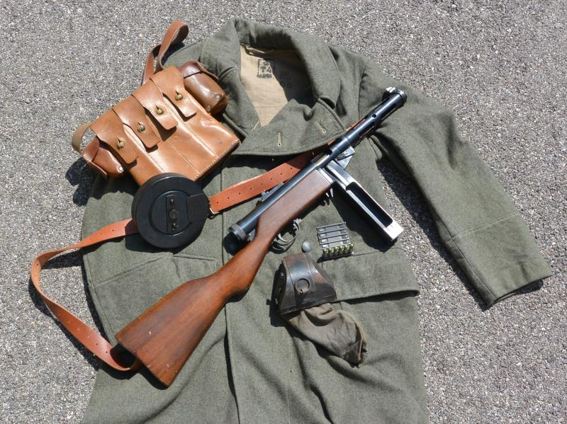 Pistolet mitrailleur 37/39 Suédois. Q14Y0