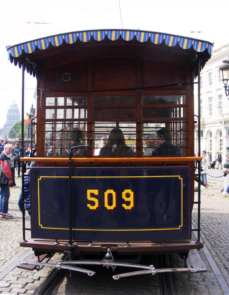 150 ans de tram à Bruxelles - Page 2 RjGRv