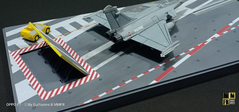 Rafale M 1/144 Heller avec pont d'envol V2adA