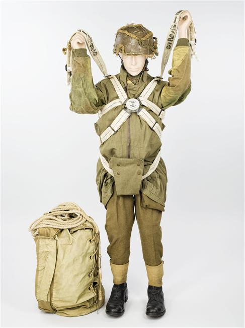 Parachutistes / commando / Jedburghs / BCRA / S.O.E. / O.S.S. / S.A.S Vpxqy