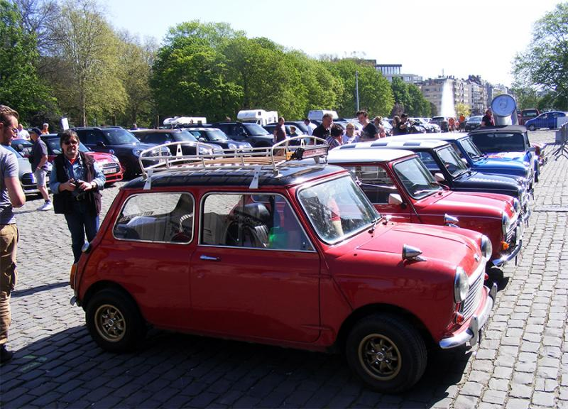 Autoworld - MINI Parade 22 avril 2019 XOnZq
