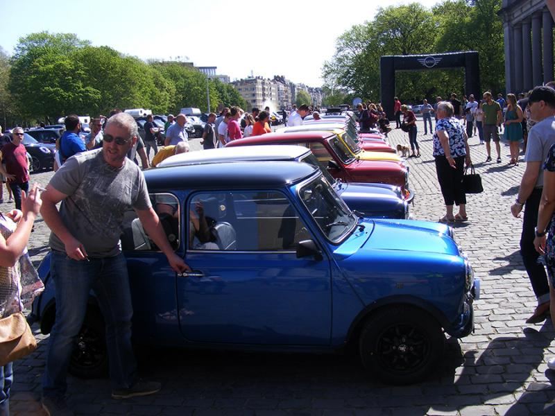 Autoworld - MINI Parade 22 avril 2019 XOnmb