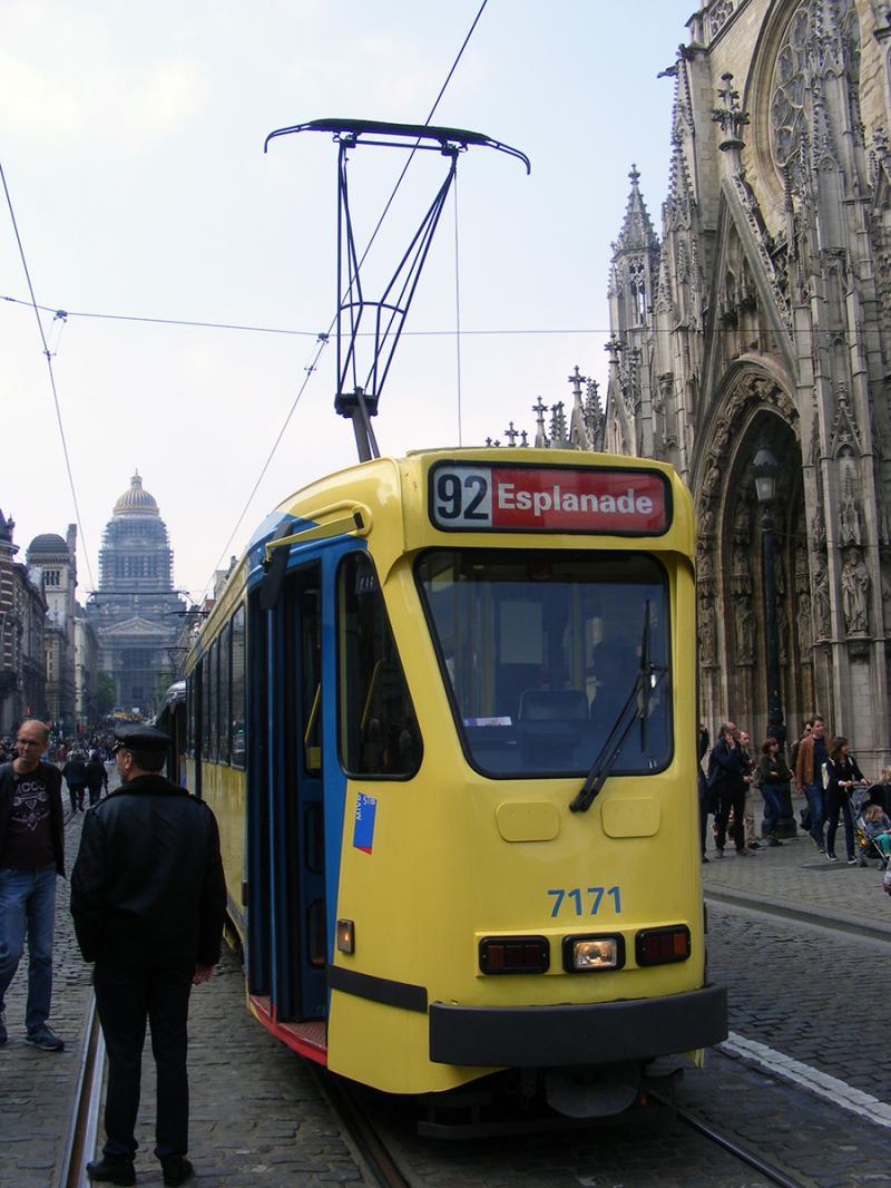 150 ans de tram à Bruxelles - Page 2 XjQag
