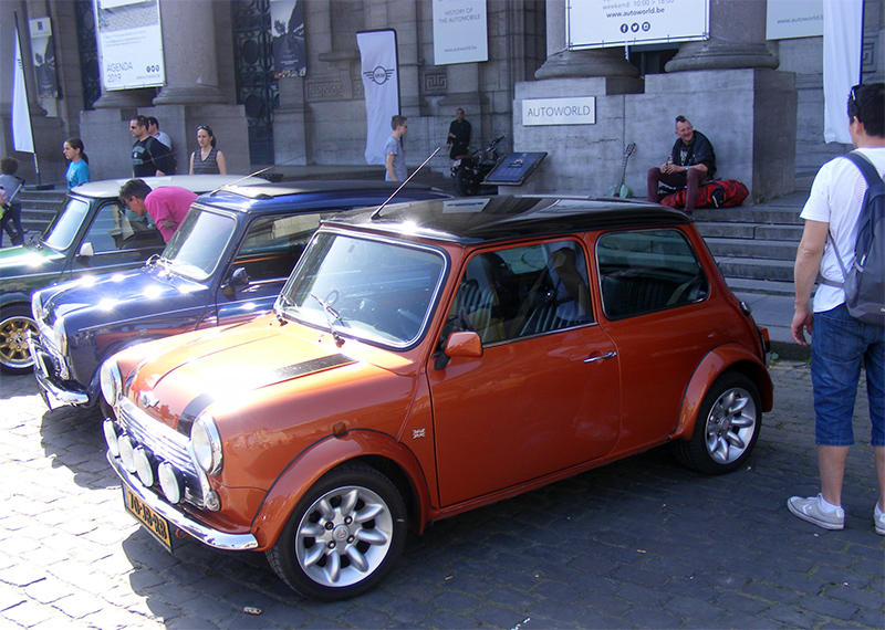 Autoworld - MINI Parade 22 avril 2019 Y0GoA