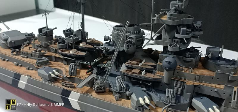 Tamiya Bismarck 1/350 par Guillaune.B ( montagemaquettefr) YOnag