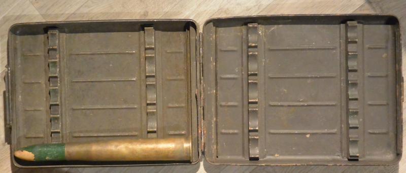 Boite de transport de munitions...toujours Suédois! YY13J