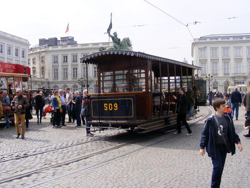 150 ans de tram à Bruxelles - Page 2 Yj91x