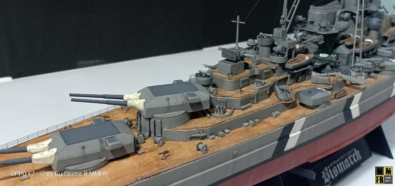 Tamiya Bismarck 1/350 par Guillaune.B ( montagemaquettefr) Z0931