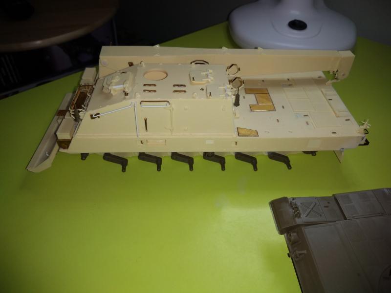 [Convoi] Type 90 MBT et ARV Tamiya + Etokin Model ZbJov