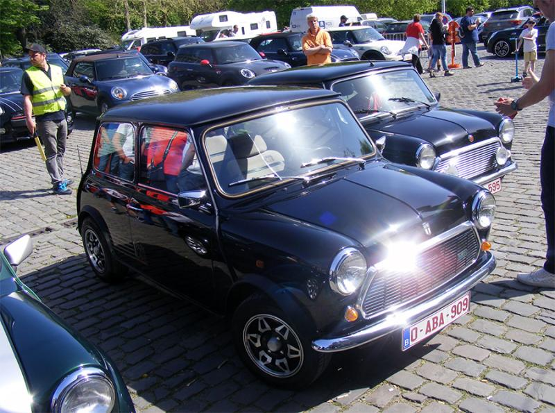 Autoworld - MINI Parade 22 avril 2019 - Page 2 Zbpmq