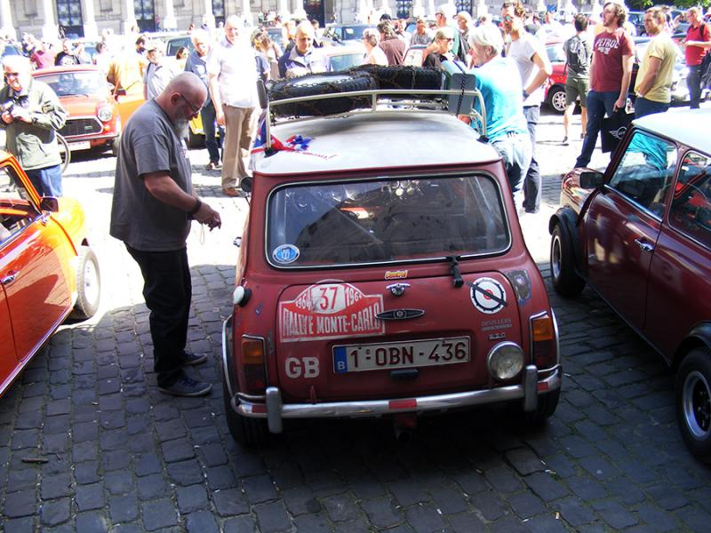 Autoworld - MINI Parade 22 avril 2019 A2YaR