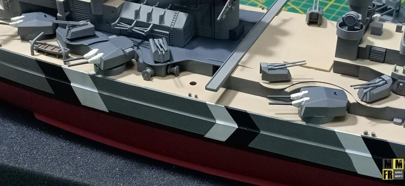 Bismarck 1/350 Tamiya  - Page 8 DKNYy