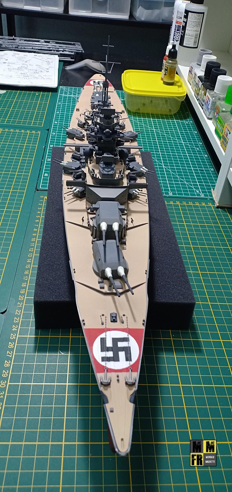 Bismarck 1/350 Tamiya  - Page 8 Dd9E3
