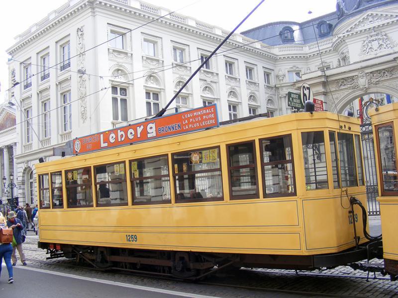 150 ans de tram à Bruxelles - Page 2 DekLO