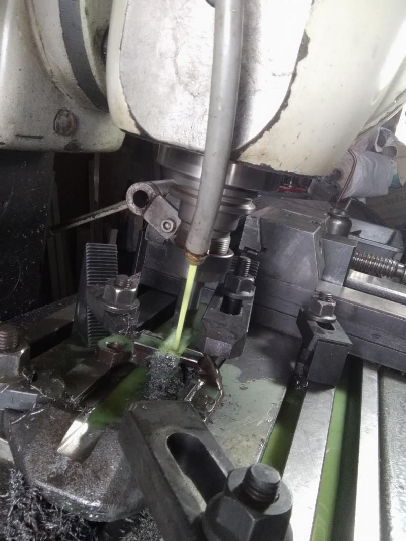 Installation d'un frein sur un tour qui n'en est pas equipé EAg14