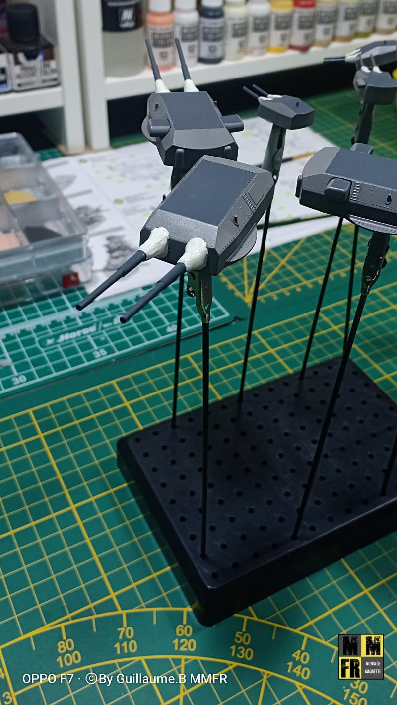 Bismarck 1/350 Tamiya  - Page 10 ErAJP