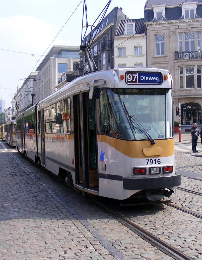 150 ans de tram à Bruxelles - Page 2 GdJom
